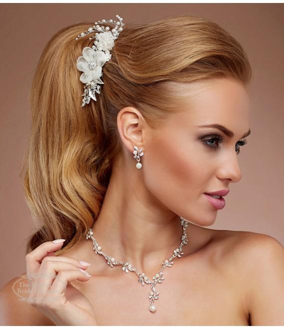 Peigne pour la Mariée avec fleurs, perles et cristaux - The Beautiful Bride Shop